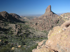 Weavers Needle - At the east end of the Valley of the Sun lie the Superstition Mountains of Phoenix, Arizona.